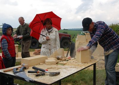 Mergel Rouwet workshop mergel carving in Remersdaal